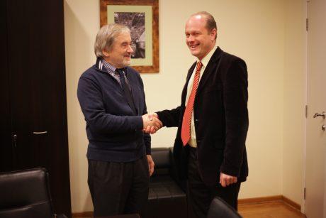Њ.Е. амбасадор Гаспарич и директор Панаотовић